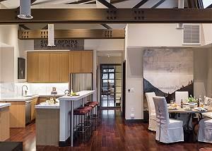 Kitchen - Pearl at Jackson - Luxury Penthouse Jackson Hole