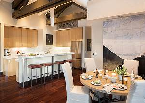 Kitchen - Pearl at Jackson - Luxury Penthouse Jackson Hole