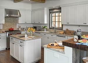 Kitchen - Four Pines - Teton Village Luxury Cabin Rental