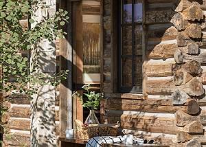 Front Porch - Four Pines - Teton Village Luxury Cabin Rental