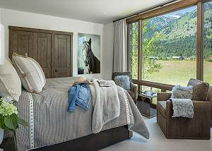 Guest Bedroom 1 - Four Pines - Teton Village Luxury Cabin Rental
