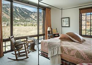 Guest Bedroom 2 - Four Pines - Teton Village Luxury Cabin Rental