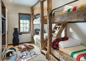 Bunk Room - Four Pines - Teton Village Luxury Cabin Rental