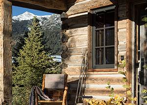 Front Entry - Four Pines - Teton Village Luxury Cabin Rental