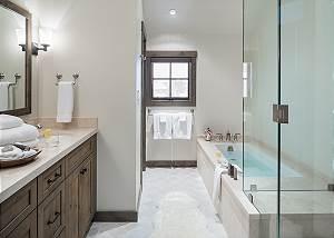 Guest Bath - Four Pines - Teton Village Luxury Cabin Rental