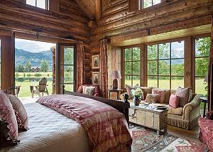 Guest Bed 1 - Grizzly Wulff Lodge - Luxury Cabin Jackson Hole