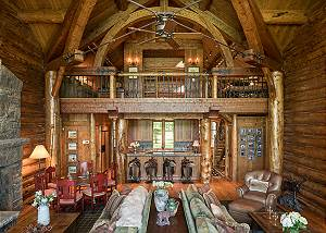 Great Room - Grizzly Wulff Lodge - Luxury Cabin Jackson Hole