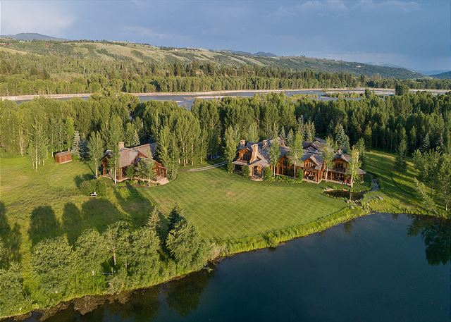 Aerial View Grizzly & Royal Wullf - Luxury Cabins - Jackson Hole