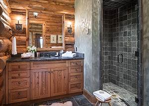 Guest Bath 2 - Grizzly Wulff Lodge - Luxury Cabin - Jackson Hole