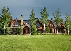 Exterior - Royal Wulff Lodge - Luxury Villa Jackson Hole, WY