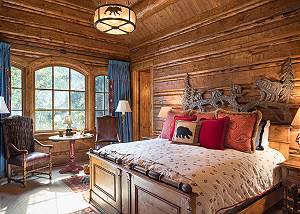 Guest Bed 3 - Royal Wulff Lodge - Luxury Villa Jackson Hole, WY