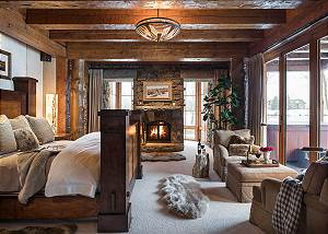 Master - Royal Wulff Lodge - Luxury Villa Rental Jackson Hole