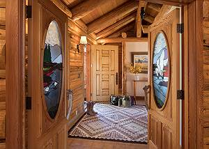 Front Entry - Rocking V - Private Cabin in the Woods - Jackson H