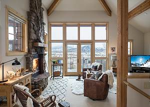 Great Room - Moose Creek - Slopeside Luxury Cabin Teton Village