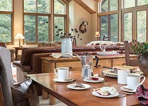 Dining Area - Holly Haus - Teton Village Luxury Villa Rental