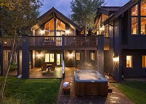 Exterior Back - Holly Haus - Teton Village Luxury Villa Rental
