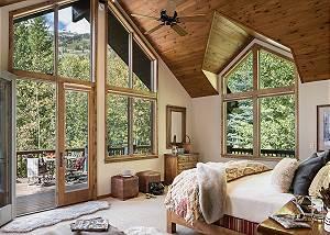 Master Bedroom - Holly Haus - Teton Village Luxury Villa Rental