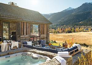 Hot Tub - Four Pines - Teton Village Luxury Cabin Rental