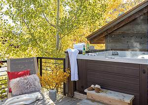Hot Tub - Villa at May Park - Luxury Villa Rental Jackson Hole