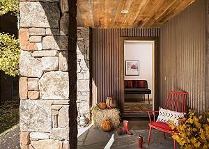 Entry - Villa at May Park - Luxury Villa Rental Jackson Hole
