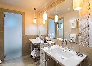 Master Bath - Villa at May Park - Luxury Villa Rental Jackson Ho