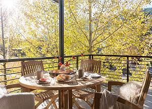 Deck - Villa at May Park - Luxury Villa Rental Jackson Hole