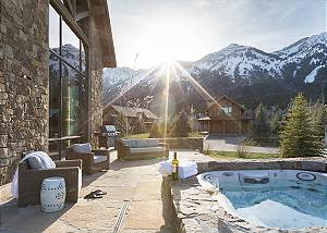 Hot Tub - Fish Creek Lodge - Teton Village Luxury Cabin Rental
