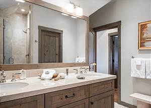 Guest Bathroom - Fish Creek Lodge - Teton Village Luxury Cabin