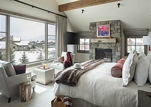 Master Bedroom - Fish Creek Lodge - Teton Village Luxury Cabin