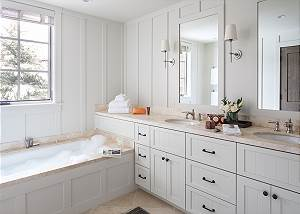 Junior Master Bathroom - Fish Creek Lodge - Teton Village Luxury