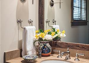Powder Room - Fish Creek Lodge - Teton Village Luxury Cabin