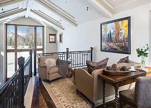 Loft - Chateau on the West Bank - Jackson, WY Luxury Villa