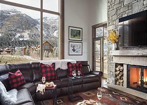 Great Room - Four Pines 102 - Teton Village Luxury Cabin Rental