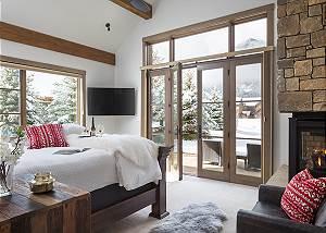 Main Level Master - Four Pines 102 - Teton Village Luxury Rental