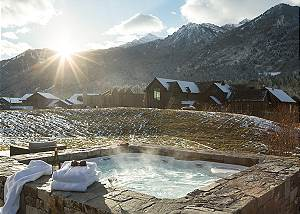 Hot Tub - Four Pines 102 - Teton Village Luxury Cabin Rental
