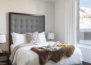 Guest Bedroom - Penthouse on Glenwood - Jackson Hole - Luxury