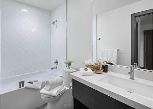 Guest Bathroom - Penthouse on Glenwood - Jackson, Wy - Luxury