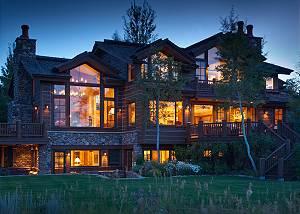 Riversong Lodge