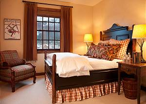 Guest Bed 2 - Shooting Star Cabin - Luxury Villa - Teton Village