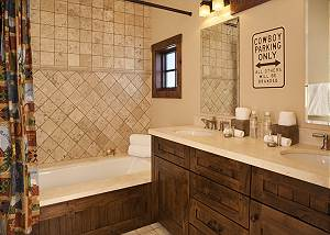 Guest Bath 2 - Shooting Star Cabin - Luxury Villa - Teton Villag