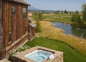 Back Patio - Shooting Star Cabin - Luxury Villa - Teton Village
