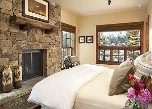 Guest Bed  - Shooting Star Cabin - Luxury Villa - Teton Village