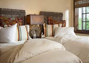 Guest Room 2 - Shooting Star Cabin - Luxury Villa - Teton Villag