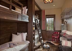 Bunk Room - Shooting Star Cabin - Luxury Villa - Teton Village