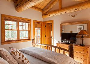 Guest Bed 4 - Catamount - Teton Village Luxury Vacation Cabin