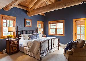 Master Bed - Catamount - Teton Village Luxury Vacation Cabin