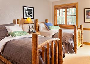 Guest Bed 1 - Catamount - Teton Village Luxury Vacation Cabin