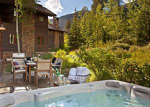 Back Patio - Granite Ridge Lodge - Luxury Teton Village Cabin