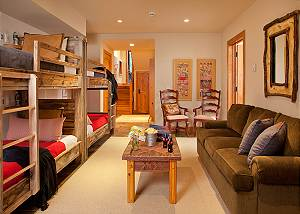 Bunk Room - Granite Ridge Lodge - Luxury Teton Village Cabin