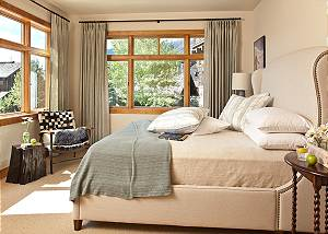 Guest Bed 2 - Granite Ridge Lodge - Luxury Teton Village Cabin